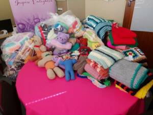 Crafting Heroes Knit Together For Charity - Global Fabrics