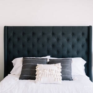 headboards with deep buttons