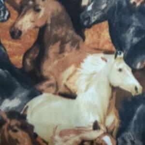 HORSE POWER PRINTED FLEECE